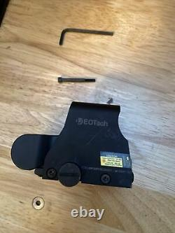 EOTech XPS2-0 Holographic Sight Black. Circle And Dot Red Reticle