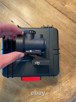 Trijicon MRO Red Dot Rifle Sight. Only Used 3 Times Condition is Excellent